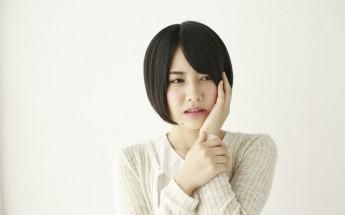 歯痛日本人女